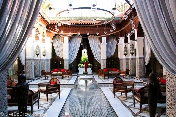 The Royal Mansour is an incredible resort made of 53 private riads. Be sure to visit for tea, a meal or a trip to the spa while spending 3 days in Marrakech.