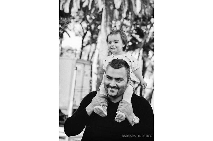 barbaradicretico photography italy   #19marzo #festadelpapa #papa #significare #sorrisi #nascondino #compiti #amici #amore #solletico #ballano #21secolo
