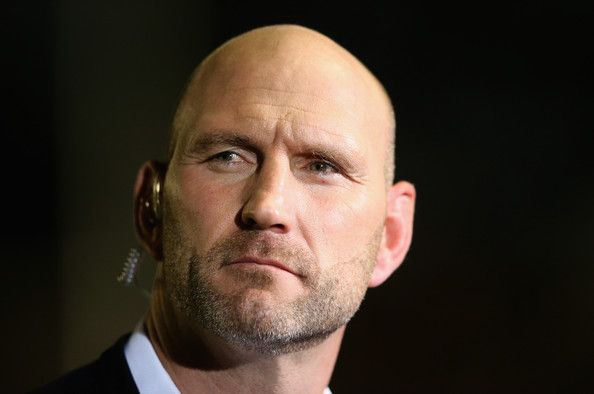 Lawrence Dallaglio Photos Photos - Lawrence Dallaglio, the former England international, now BT Sport rugby pundit looks on during the European Rugby Champions Cup match between Harlequins and Castres Olympique at Twickenham Stoop on October 17, 2014 in London, England. - Harlequins v Castres Olympique