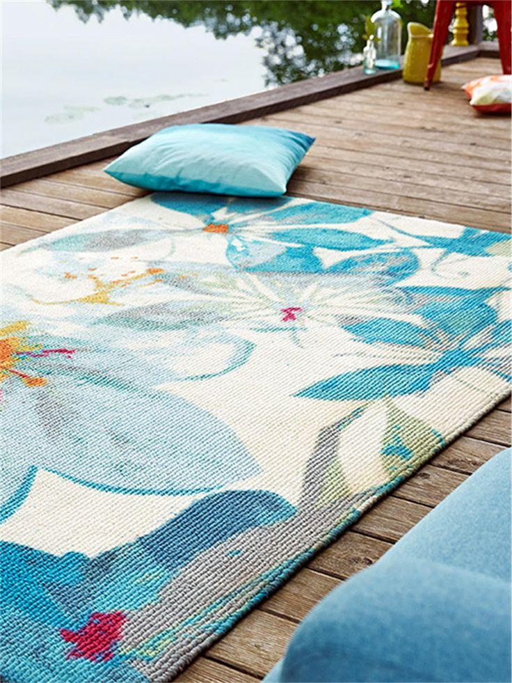 http://www.benuta.de/teppich-water-lily-blau.html Esprit Teppich Water Lily erfüllt jeden Raum mit der natürlichen Leichtigkeit und belebenden Frische paradiesischer Blüten