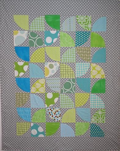 drunkard path quilts | Drunkard's Path Baby Quilt