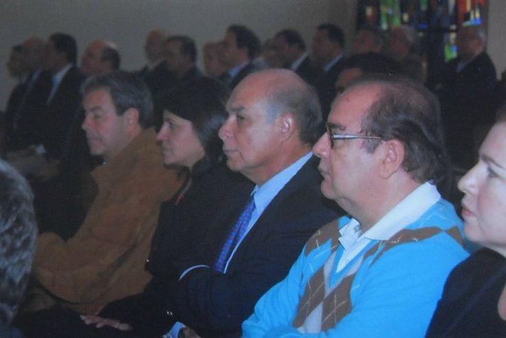 COLEGIO GIMNASIO MODERNO BOGOTÁ. D.C., ENCUENTRO DE EXALUMNOS PARA CELEBRAR LOS 40 AÑOS DE EGRESADOS. NOVIEMBRE 6 DE 2009. ENTRE OTROS PAULA GONZÁLEZ DE VELASCO Y FRANCISCO VELASCO.