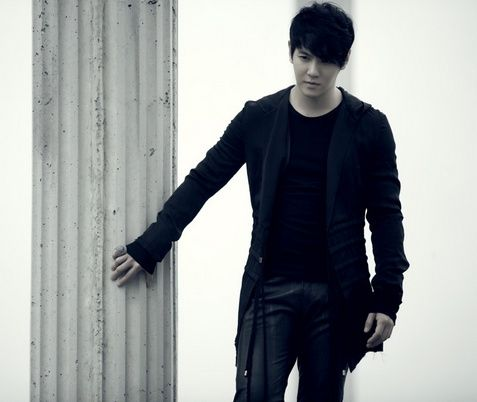 Hwanhee | 환희 | Fly to the Sky | D.O.B 17/1/1982 (Capricorn)