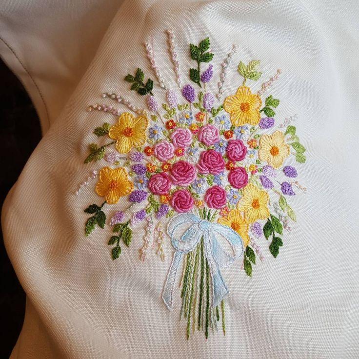 꿈은 이루어진다. ㆍ ㆍ ㆍ #건대프랑스자수 #프랑스자수 #embroidery #handembroidery #ricamo #broderier #needlework #steady #flower #bouqet