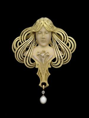 indigodreams: Art Nouveau PendantLouis Aucoc (21 September 1850 Paris - 10 December 1932 Paris), was a leading Parisian art nouveau jewelle...