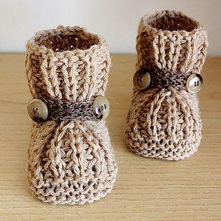 Knitting pattern: Warm Feet Baby Booties by Julia Noskova