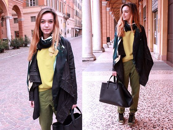 New look :GIORGIO BRATO leather and pants ,sneakers,bag GOLDEN GOOSE DELUXE BRAND on www.volpidonna.com shop on line