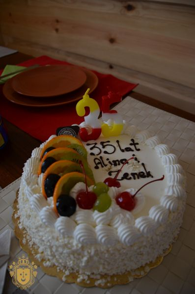 Tort z okazji 35 rocznicy ślubu zamówiony z piekarni Familijna