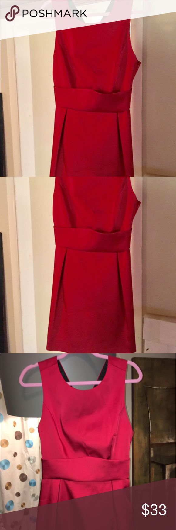 """💋NEW ZARA STRIKING RED OCCASION DRESS 6, 8💋 💋BRAND NEW AND STUNNING ZARA DRESS. FABRIC IS THICK, WEIGHTY AND GREAT QUALITY FOR THE PRICE POINT. WIDE X SHAPE SHOULDER STRAPS ACCENT YOUR DÉCOLLETÉ  BEAUTIFULLY AND EMPIRE WAIST FURTHER ENHANCES YOUR FIGURE.. THE LENGTH IS A FEW INCHES ABOVE MY KNEES AT 5'8"""". PERFECT CHOICE FOR ANY EVENING AFFAIR. BUST>36"""", PIT TO PIT>18"""", WAIST>30"""", HIPS>40"""". SIZE L WHICH IS 6/8. SEE KEEPSAKE, FOR LOVE & LEMONS, J. CREW, SABO SKIRT, REFORMATION, RAG & BONE…"""