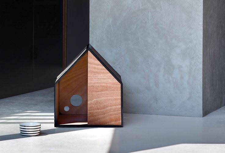 The minimise designer dog house. The Dog Room, designed by award winning architect Michael Ong & Pen, was designed with simplified living in mind. Stripping→