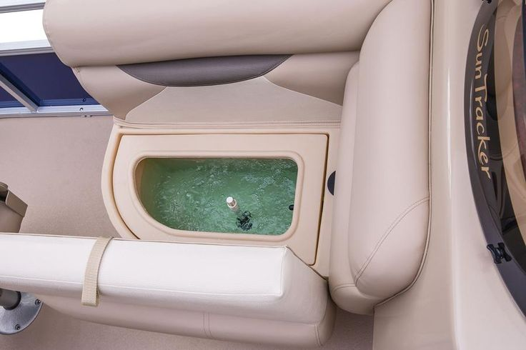 Starboard in-couch aerated livewell w/shutoff valve http://www.exclusiveautomarine.com/product/fishin-barge-20-dlx