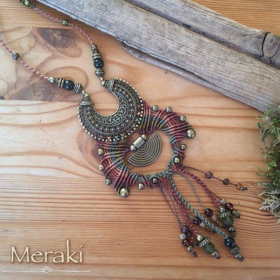 Collar de Macrame gitana tribal por MerakiEtsy en Etsy