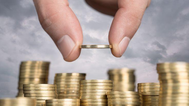 Kredi Notu İle İlgili Şok Detaylar! Kredi Alabilmek İçin Kredi Notunuz Kaç Olmalıdır?  Kredi almak için türlü çabalara giren insanlardan bazıları amaçlarına ulaşmamaktadır. Çünkü bankalar kredi vermek için ciddi araştırmalar yapmaktadır. Geri ödenmeyen kredilerden mağdur olmamak için bankaların aldığı önlemler daha da genişlemiştir.