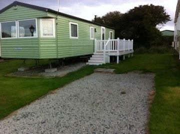 Luxury 8 berth caravan for rent at Mullion Holiday Park, Cornwall