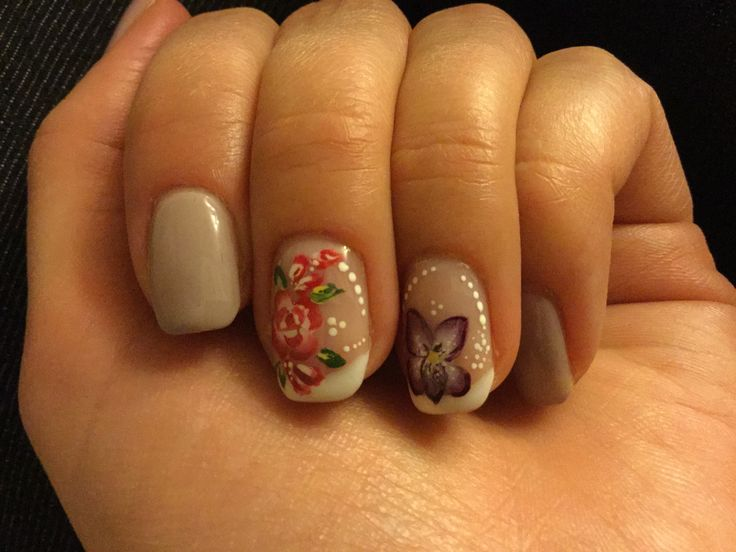 Nail design - Some beautiful flowers
