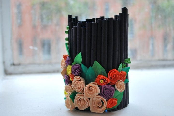 Recycled pen holder ideas things to make pinterest for Images of best out of waste things
