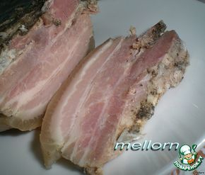 """Свиная грудинка в двух пакетах.... """"Свиная грудинка в двух пакетах"""": Грудинка — 800 г Чеснок (средняя головка) — 1 шт Соль (по вкусу) Перец черный (по вкусу) Приправа (для свинины, можно использовать любые, которые нравятся)"""