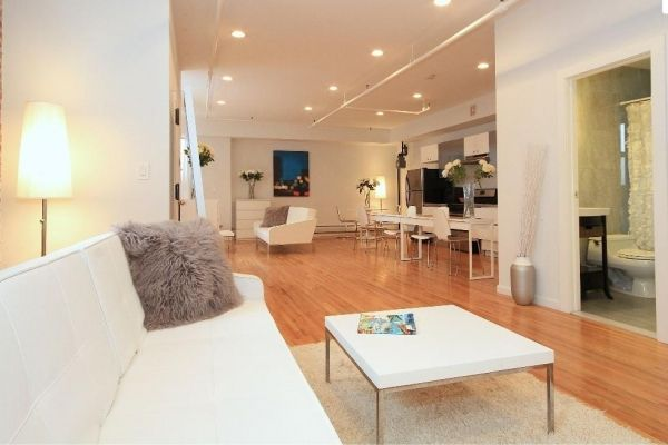 New York City, United States Vacation Rental, 3 bed, 1 bath with WIFI in Manhattan, Lower East Side. Thousands of photos and unbiased customer reviews, Enjoy a great New York City apartment rental perfect for your next holiday. Book online!