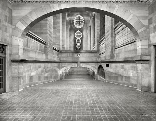 Grand Central Terminal, New York, 1910  via reddit