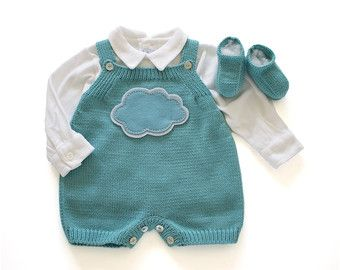 Knitted overalls in gray with a cloud in dot fabric. 100% cotton. Lovely for a baby shower gift.  newborn - 19-21 in (48-54 cm) 6-8 lb (2.8-4 Kg) 1-3 months - 21-24 in (54-62 cm) 8-13 lb ( 4- 6 Kg) 3-6 months - 24-26,5 in (62-68 cm) 13-17 lb ( 6- 8 Kg)  All pieces are knitted in a vintage machine. All the details and finishing are handmade.  All sets have label with washing instructions and matching envelope in fabric or felt. Machine wash up 30º.  Body not included.