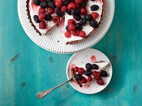 20 Scrumptious Strawberry Recipes: Chocolate-Berry Tart http://www.prevention.com/food/healthy-recipes/farmers-market-recipe-finder-strawberries?s=3