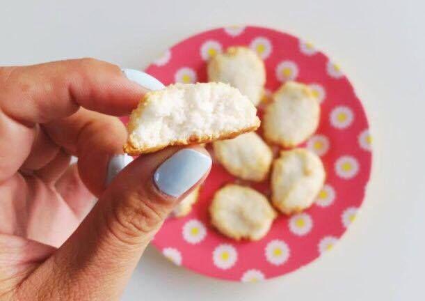Suikervrije Kokoskoekjes uit het voedselzandloper kookboek / sugar free coconut cookies