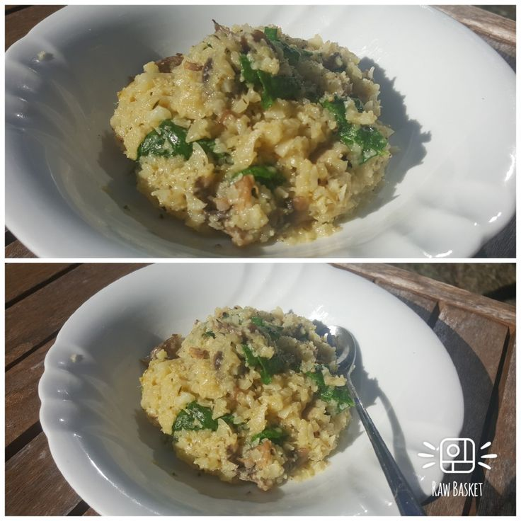 My cauliflower rissoto with mushroom and parsley    Recipe  Cauliflower rice  Mushrooms  Parsley  Lemon   Vegetable stock  Garlic  Salt & pepper  Pine nuts toasted (optional) Nutritional yeast flakes or parmesan