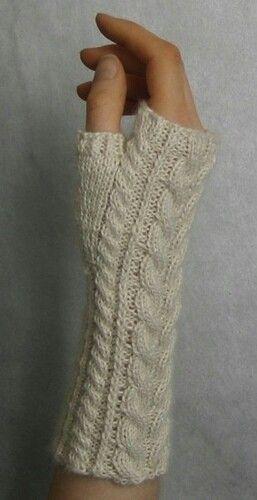 http://www.ravelry.com/patterns/library/linda-ks-yummy-mummy-wristwarmers