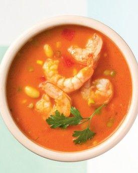 Tomatensoepje met scampi's, cannellinibonen en rode paprika - Recepten - Culinair - KnackWeekend.be