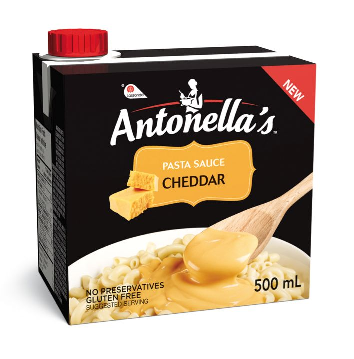 What's the secret behind a tasty cheddar sauce? It's simple: fresh, quality ingredients. Namely cheddar cheese, fresh cream and unsalted butter. That's all that goes into Antonella's CHEDDAR pasta sauce—and that's exactly what will gather your family 'round the table in no time!