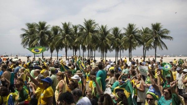 Brazil protests call for President Dilma Rousseff's impeachment over Petrobras scandal