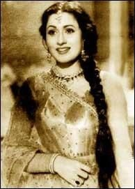 Madhubala was so graceful. :)