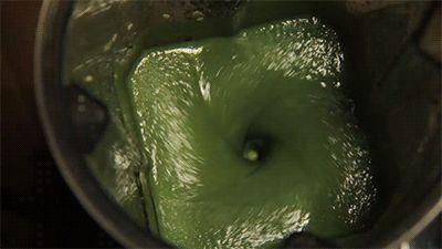 Este batidoposee propiedades depurativas y desintoxicantes ideales para poner a punto tu cuerpo. Ingredientes 2 cucharadas de linaza. Medio pepino sin piel y cortado en rodajas. 2 rodajas de piña, cortadas en cubos. Medio vaso de agua. Preparación Coloca todos los ingredientes en una licuadora y…
