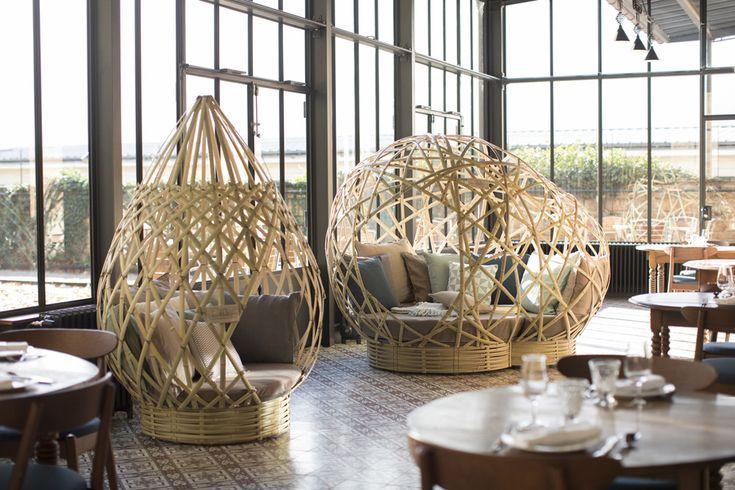 Mobilier design en bambou dans le restaurant du Fourvière Hotel à Lyon