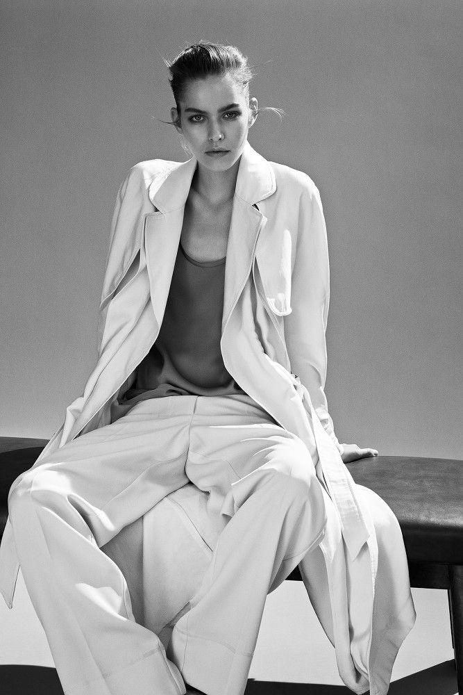 Sascha Oda – Costume Magazine November 2014 #11366 | Shotview