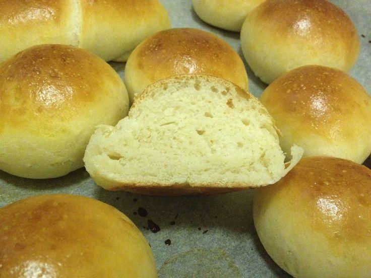 PANINI ALL'OLIO E LATTE (Bread rolls with oil and milk) [Le dolcezze di ...