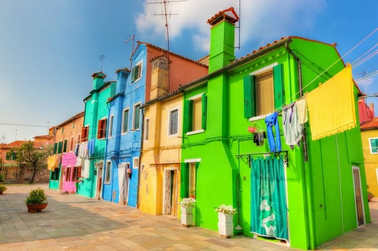 To add a little bit of Italian color into your life, here's a language guide to colors and idiomatic expressions using colors