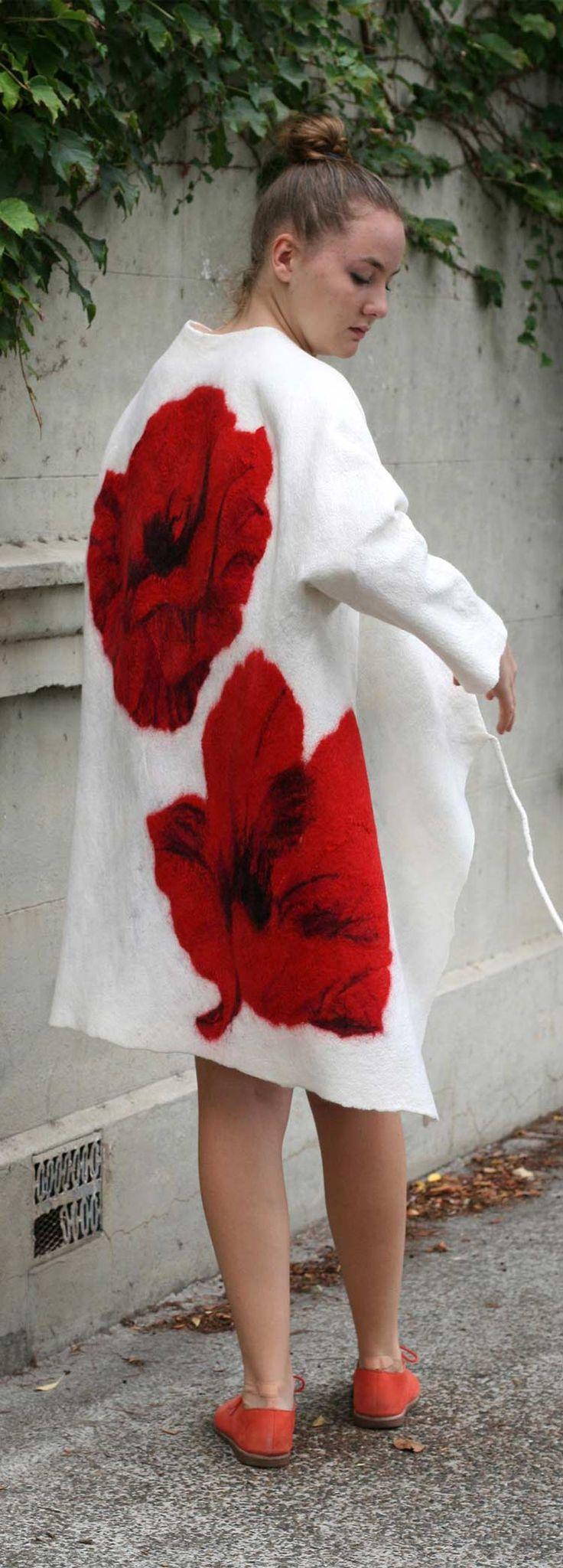 Buy now fashion style wool summer coat by Vera Alexanderova. #wool #coat #felt #filz #feltro #handmade #womensfashion #felted #merino