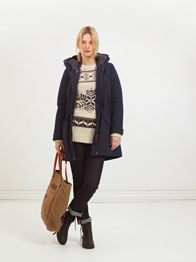 Peak Performance Fall Collection 2012. Drew jacquard knitted crew, Ardal carry bag that can be made into a backpack. Edie Parka in a wax coated polyester/cotton fabric.