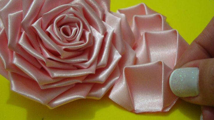 Flor de tecido - Parte 1 -  Aprenda a fazer a PÉTALA dessa Rosa lindaaa....                                                                                                                                                                                 Mais