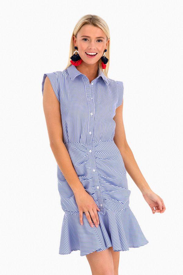 c567d18a3ec Super flattering and lightweight dress for summer!