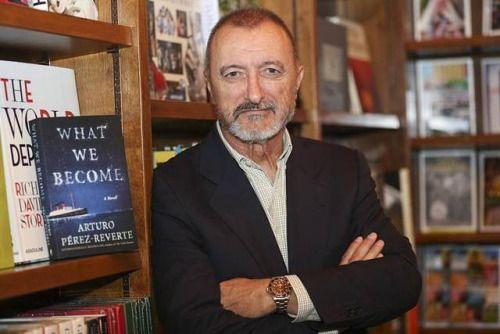 """Si no peleas, los malos siempre ganan"". Arturo Pérez-Reverte"