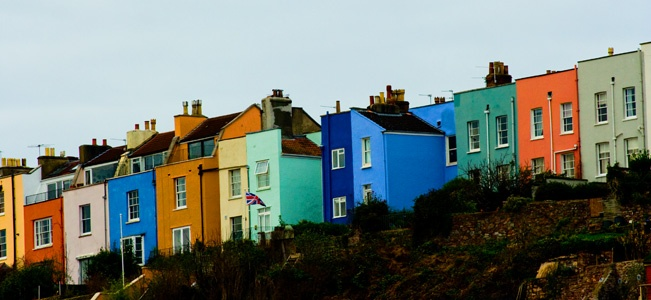 Coloured houses in Bristol (Cities : Bastien Boutonnet : Photography & Research)