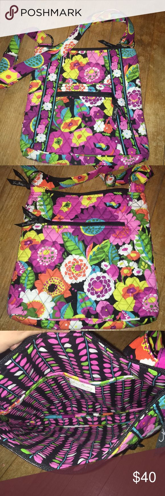 Vera Bradley Cross Body/Satchel Vera Bradley cross body bag with adjustable strap, multiple pockets, and never used! NWOT Vera Bradley Bags Crossbody Bags