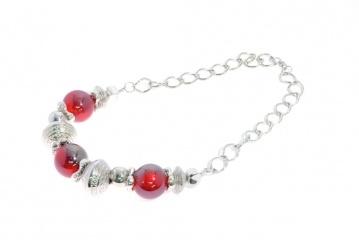 Short necklace $7
