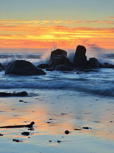 Sunrise at Friendly Beaches, Freycinet National Park Tasmania