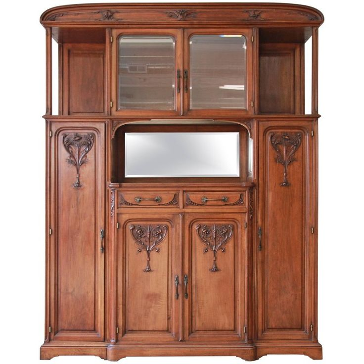 Fine French Art Nouveau Sideboard Cabinet in the Manner of Louis Majorelle For Sale