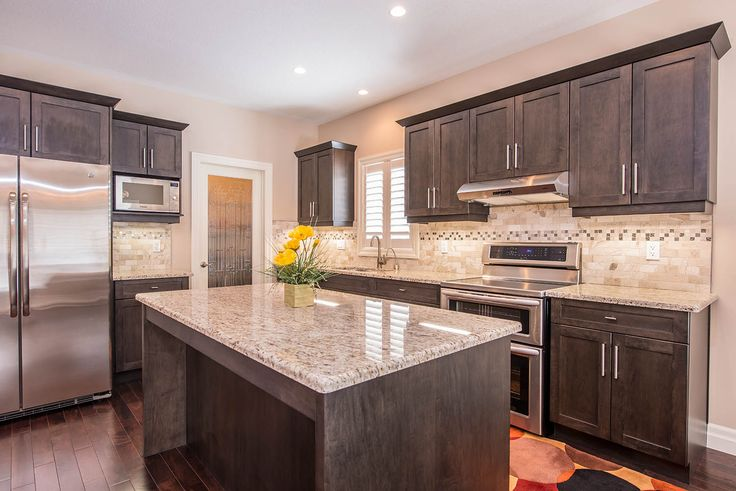 Who wouldn't want to cook in this great kitchen, featured in our Palermo model #newhome #lndont #granite