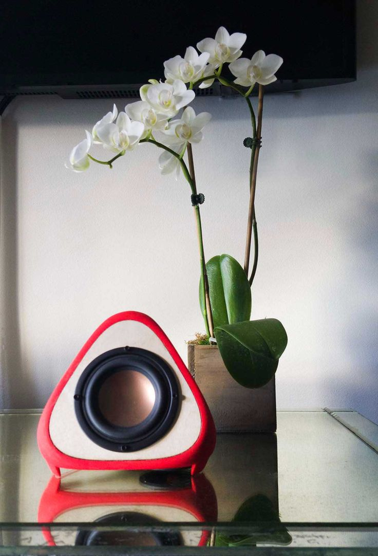 Teardrop st64 william and watson vintage edison bulb industrial light - T3tra 3dprinted Digitally Manufactured Loudspeaker By Alienology