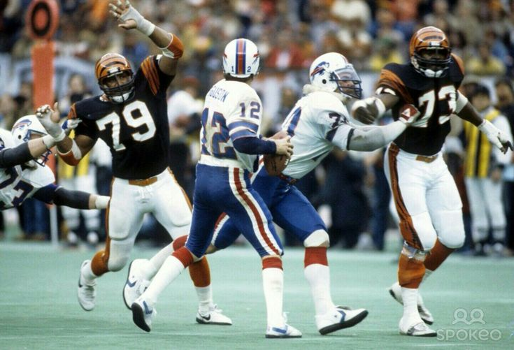 Joe Ferguson vs. the Bengals D in the AFC Playoffs Jan. 1982.